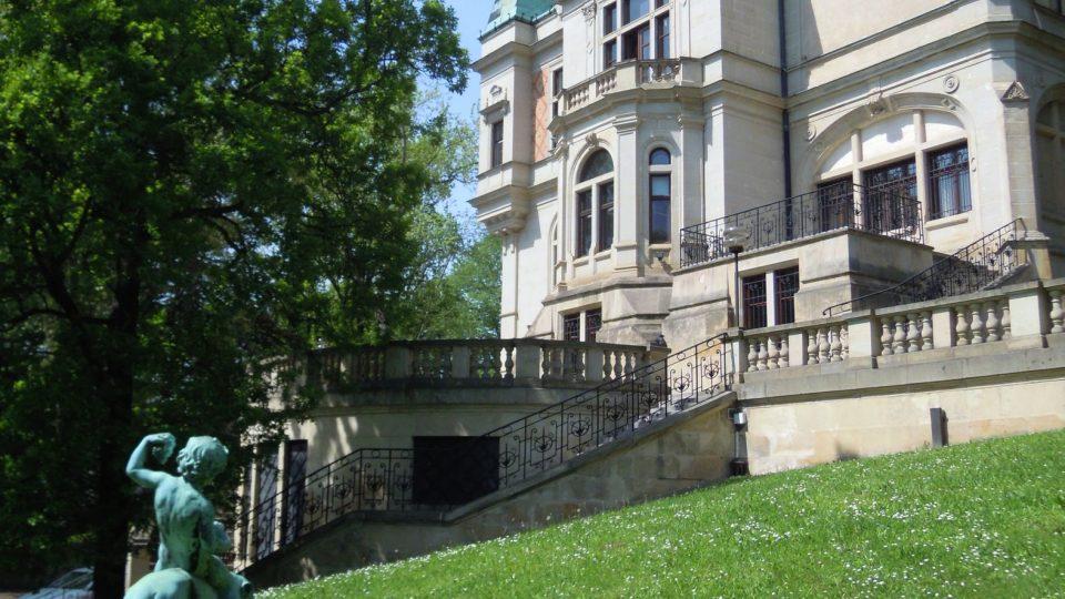 Český rozhlas Sever, bývalá Wolfrumova vila