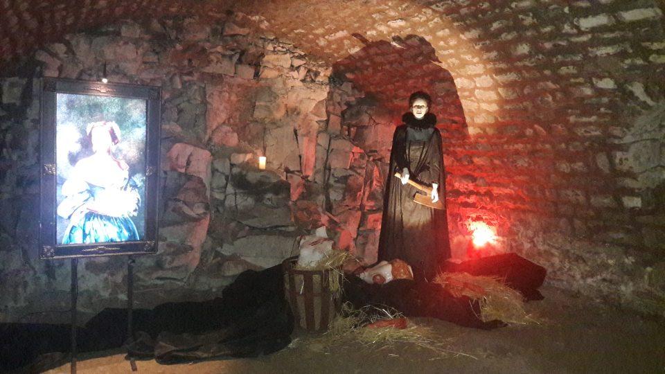 Výstava o upírech a jiných strašidlech na zámku Nový Hrad v Jimlíně