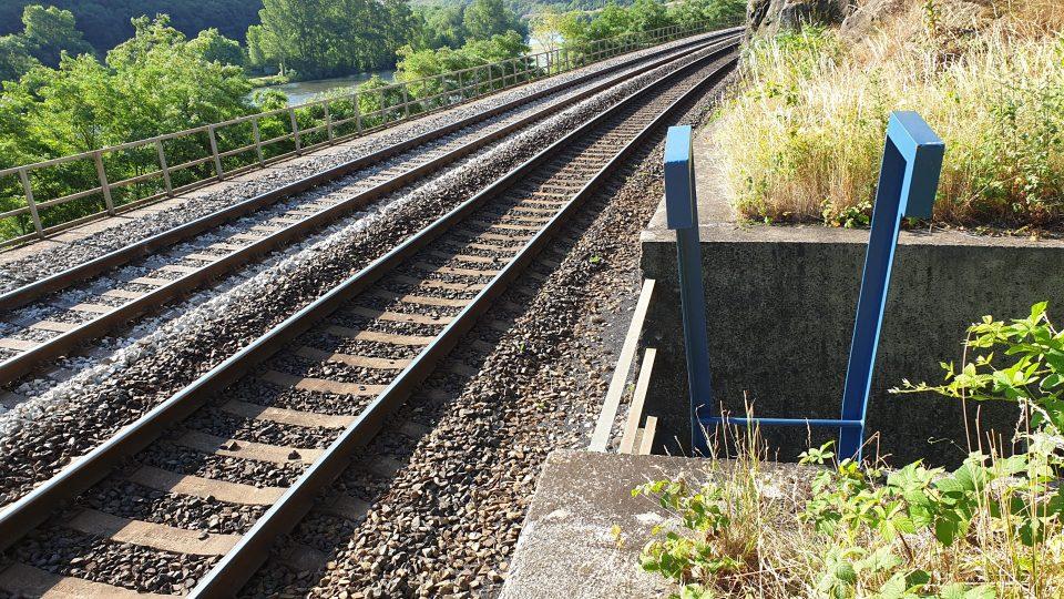 Po rozsáhlých požárech na trase Lovosice – Ústí nad Labem železničáři zlepšili pro hasiče přístup k trati