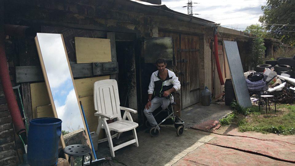 Terénní pracovnice chodí za bezdomovci i do garáží na okraji Teplic