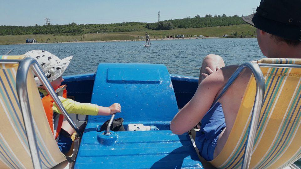 Jezero Milada nabízí skvělé letní vyžití