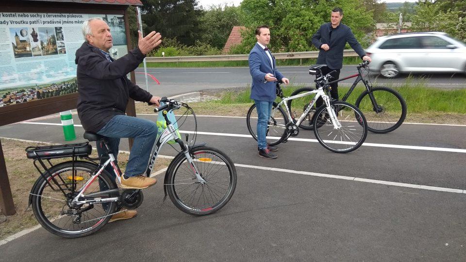 Vroutek oficiálně otevřel cyklostezku do Podbořan