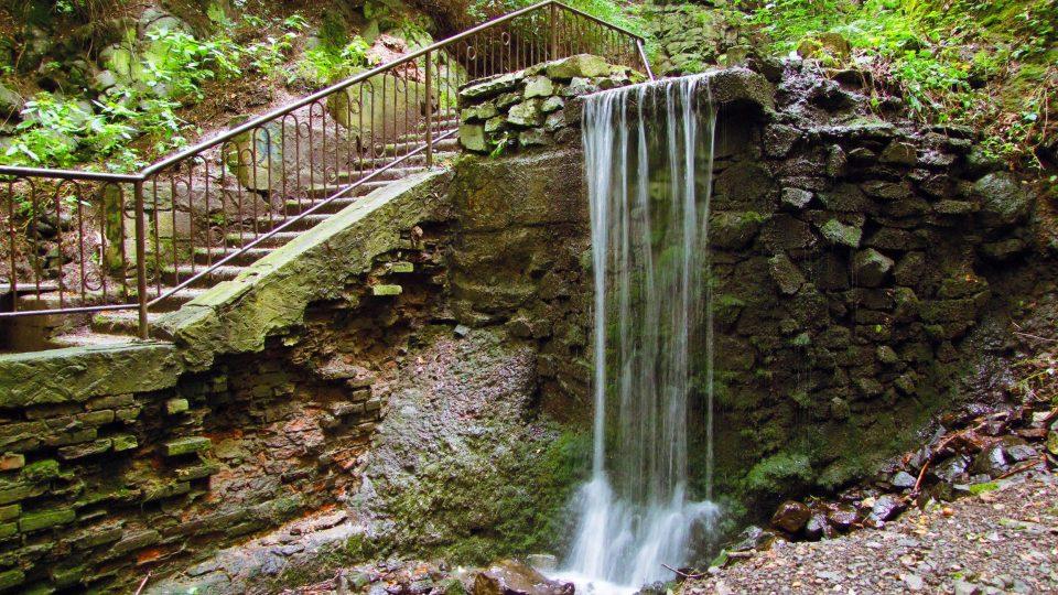 Bertino údolí, vodopád