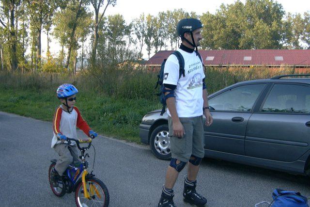 Bruslař a cyklista