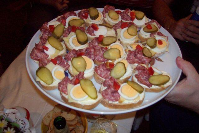 Chlebíčky (ilustr. obr.)