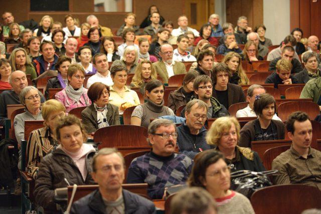 Diskuse se setkala s velkým zájmem publika