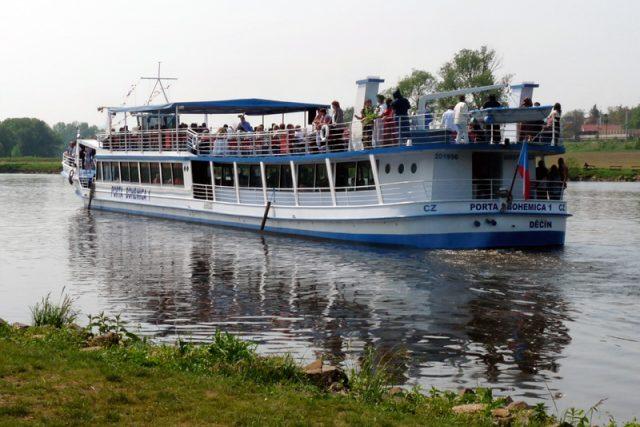 Loď Porta Bohemica 1 u Žernosek