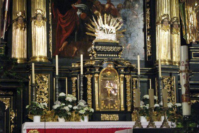 Detail hlavního oltáře v kostele Matky Boží před Týnem | foto: Adriana Krobová