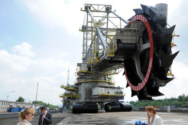 Nové rypadlo je zatím největší v Česku