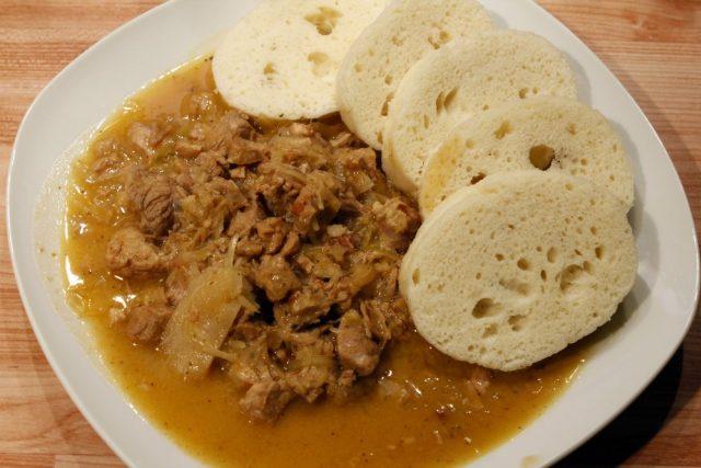 Segedínský guláš se sójovým masem