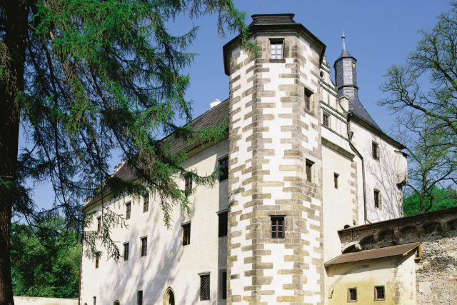 Benešov nad Ploučnicí - horní zámek