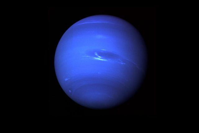Planeta Neptun ze sondy Voyager 2