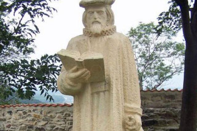 Kellyho socha na mosteckém Hněvíně | foto: David Hertl,  Český rozhlas