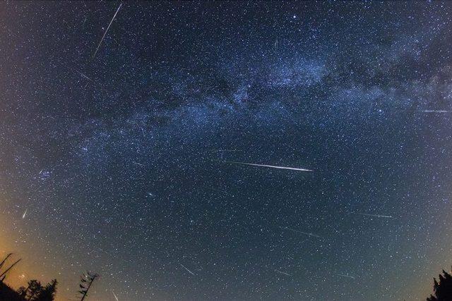 Meteorický roj | foto: Petr Horálek,  Miloslav Druckmüller