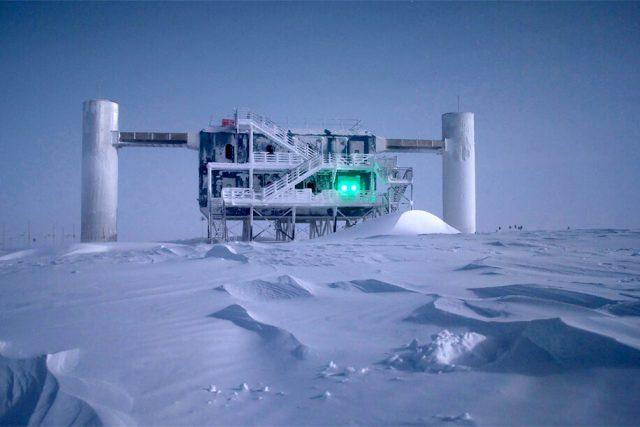 Velký neutrinový detektor IceCube Neutrino Observatory | foto:  IceCube Neutrino Observatory