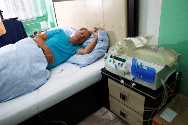 APD pacient (dialýza v nemocnici)