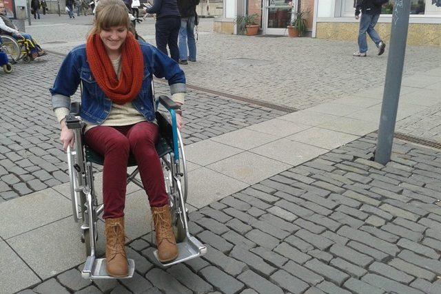 Jízdu na Mírovém náměstí opatrně vyzkoušela i devatenáctiletá Kristýna