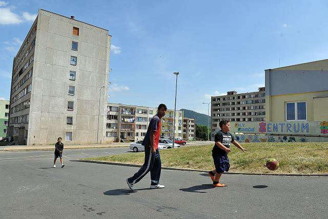Romové na sidlišti Chanov