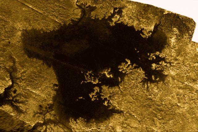 Jezero Ligeia Mare na Titanu | foto:  NASA/JPL-Caltech/ASI/Cornell