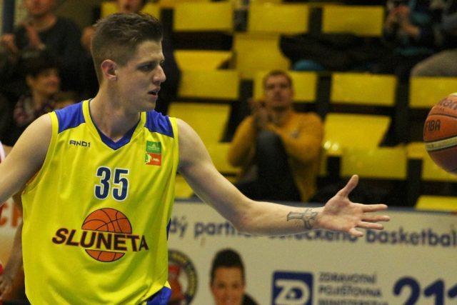 Basketbalista Jan Jiříček poprvé v dresu ústecké Slunety.