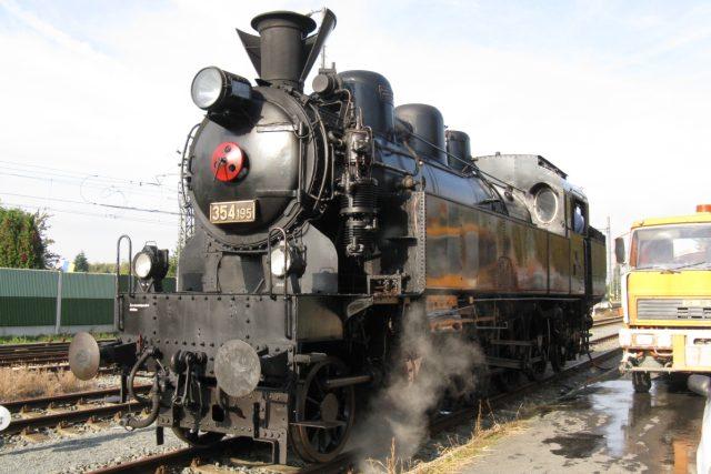 Parní lokomotiva Všudybylka