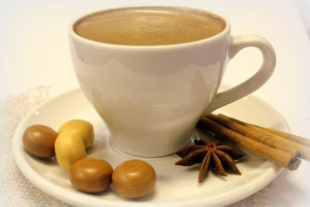 káva, šálek, skořice, koření