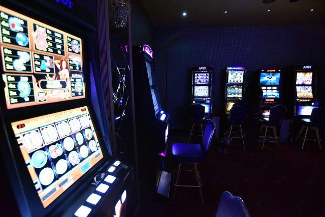 Ilegální herna, hrací automat