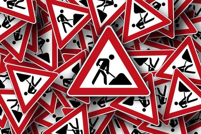 Práce na silnici  (ilustrační foto) | foto: Fotobanka Pixabay