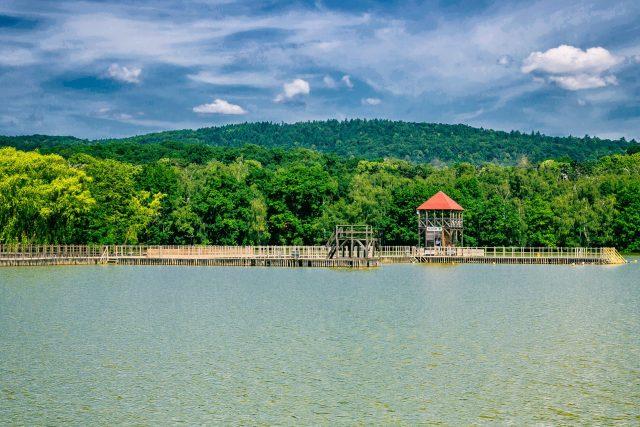 Kamencové jezero - molo a věž