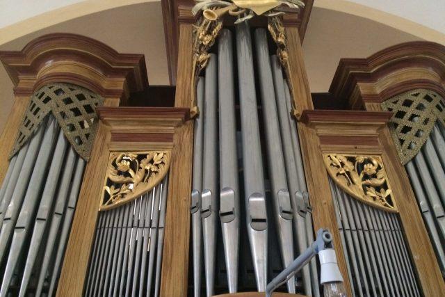 Varhany v doubickém kostele