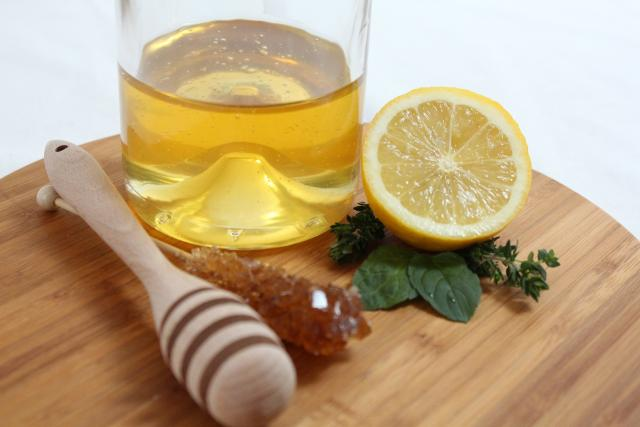 Med, citron a máta