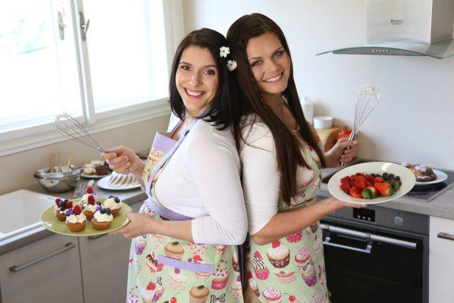 Autorky bezlepkové kuchařky Kateřina Knížková a Petra Jeníčková | foto:  Argumentor,  Karolína Kubcová