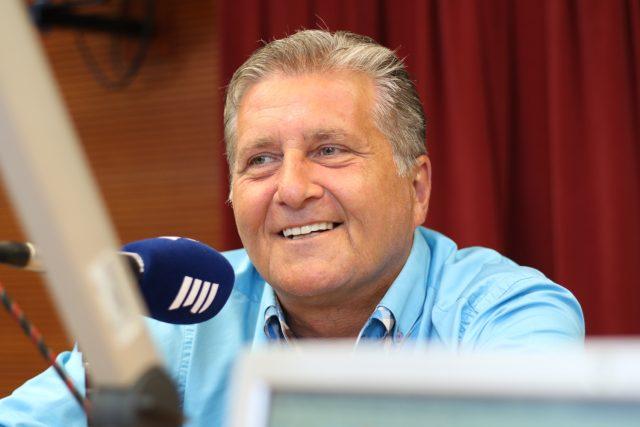 Marcel Zmožek, zpěvák