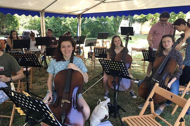 Ze zkoušky na společný koncert mladých hudebníků z Čech a Německa