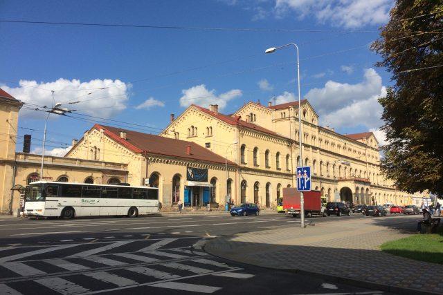 Vlakové nádraží v Teplicích rekonstrukci opravdu potřebuje