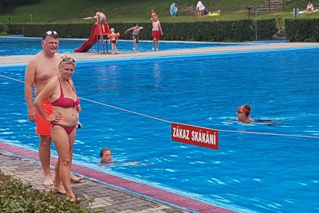 Bazén, koupaliště, koupání (ilustrační foto)