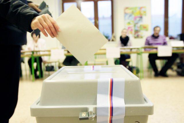 Volby,  volební urna,  ilustrační foto | foto: Fotobanka Profimedia