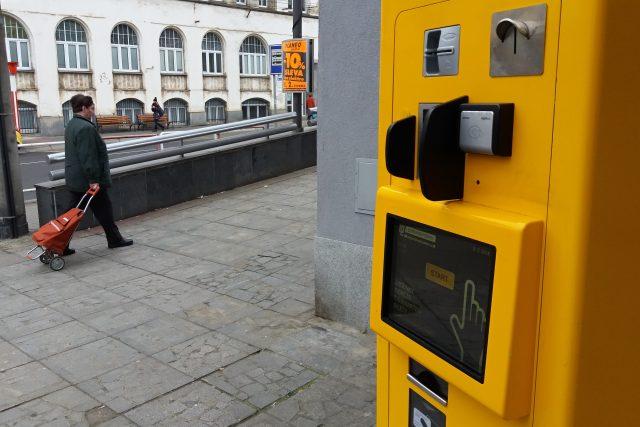 Automat na jízdenky pro ústeckou MHD