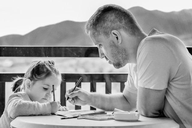 Táta s dcerou