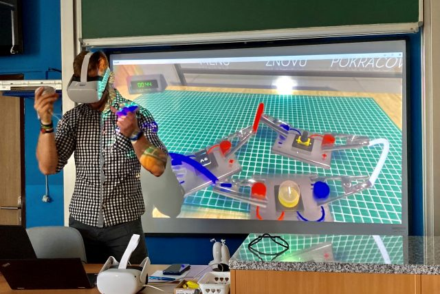 Žáky základní školy v Údlicích čeká od září výuka fyziky ve virtuální realitě | foto: Jan Beneš,  Český rozhlas