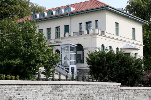 Palácová vila Carla Hermanna Wolfruma - Severočeská vědecká knihovna v Ústí nad Labem