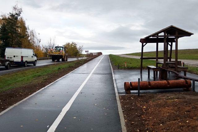 Nová cyklostezka ve Vroutku u Podbořan