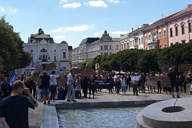 V Ústí nad Labem se dnes demonstruje za zachování péče v Lužické nemocnici v Rumburku