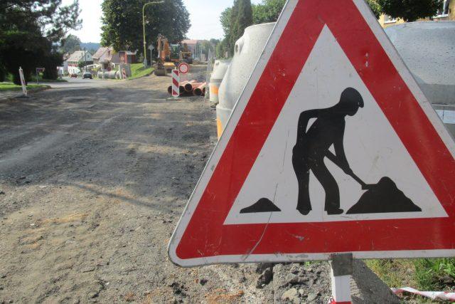 Práce na silnici - ilustrační