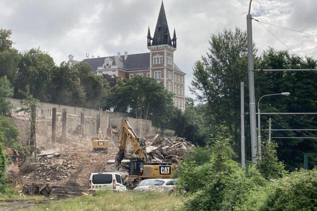 Ruina nedostavěné budovy v Mlýnské ulici už je zbořená | foto: Gabriela Hauptvogelová,  Český rozhlas