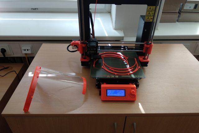 3D tisk štítů v mohelnické základní škole Mlýnská