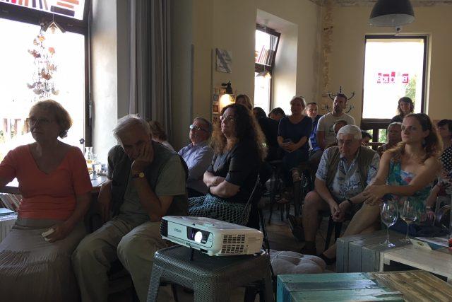 Debata o budoucnosti historické budovy bývalé knihovny v Děčíně