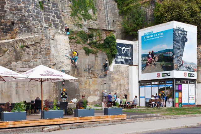 Pastýřská stěna v Děčíně láká milovníky adrenalinové zábavy