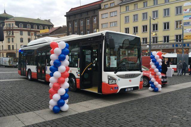 V Ústí nad Labem budou jezdit trolejbusy, schopné jet i bez trolejí – na baterie