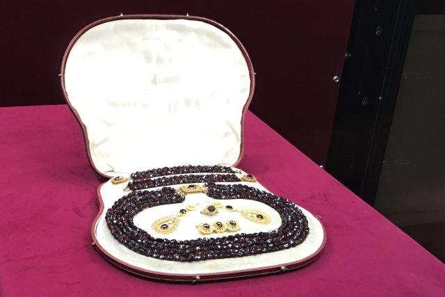 Restaurované šperky Ulriky von Levetzow pouze dnes vystaví oblastní muzeum v Mostě